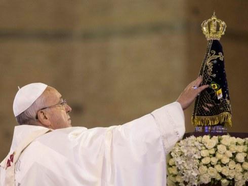 Papa francisco e imagem nossa senhora aparecida