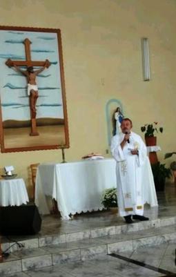 Pe Arnaldo celebou a Santa Missa